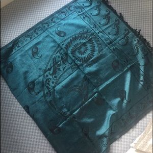 Wrap! Turquoise and black! Gorgeous!!